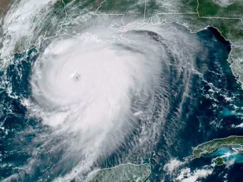 Alerta máxima en EU por huracán