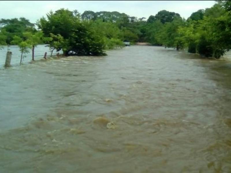 Alertan autoridades por crecida de ríos en Veracruz
