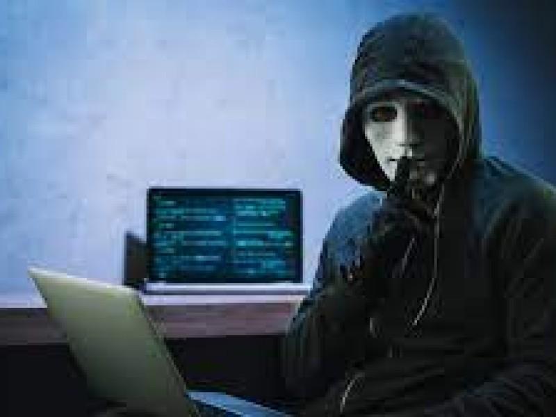 Alertan robo a base de datos de desempleo en Florida