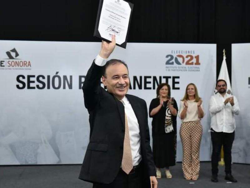 Alfonso Durazo recibe constancia de gobernador electo