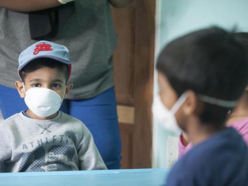 Alistan vacunas Covid para niños