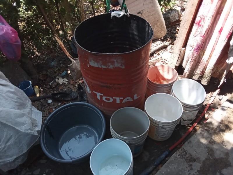 Almacenamiento de agua, riesgo para la salud