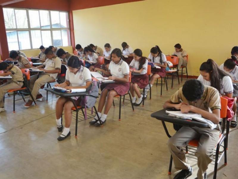 Alumnos de secundaria, los más afectados durante pandemia de Covid-19