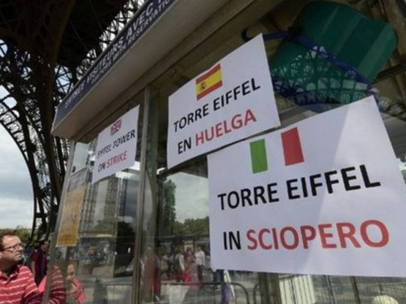 Amenazan con declarar huelga en Torre  Eiffel