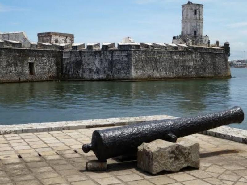 AMLO anuncia restauración de San Juan de Ulúa