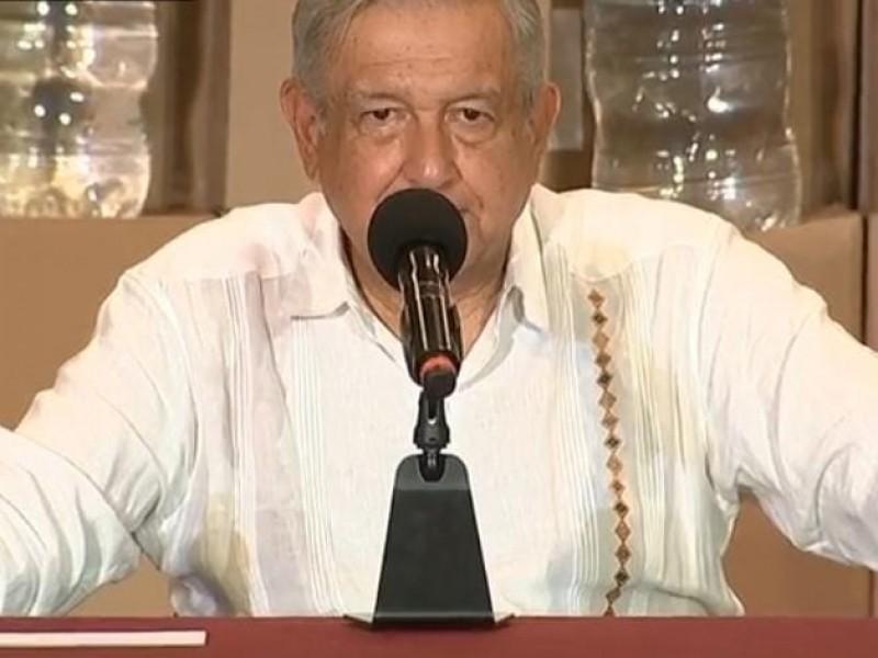 AMLO garantiza desde Tabasco entrega de ayuda humanitaria a damnificados