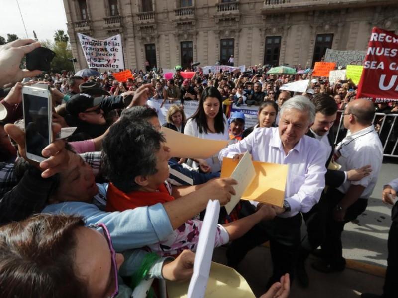 AMLO garantiza presupuesto para demandas ciudadanas
