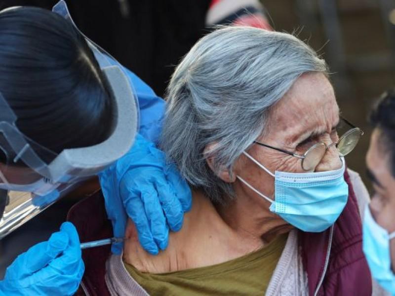 AMLO pide a la OMS avalar vacunas pendientes contra COVID-19