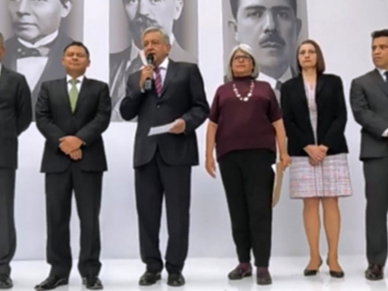 AMLO presenta a quienes ocuparán subsecretarías en Economía