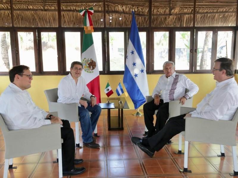 AMLO promete 20 mil empleos para Honduras