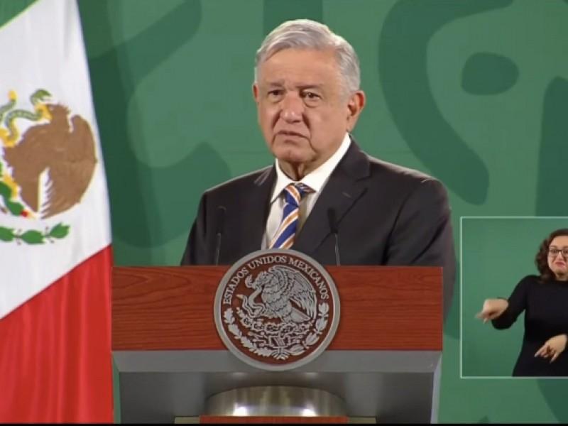 AMLO promueve remover a Carlos Zamarripa de su cargo