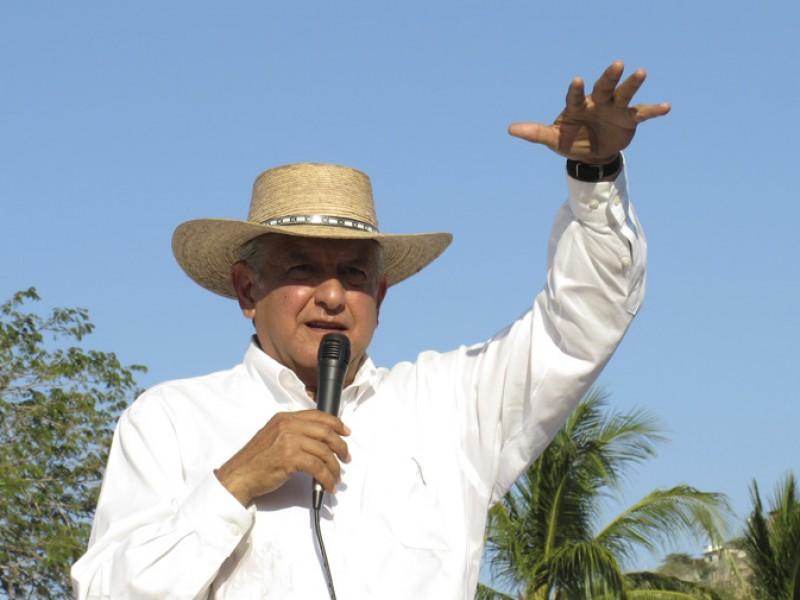 AMLO propone impulsar puertos de Veracruz