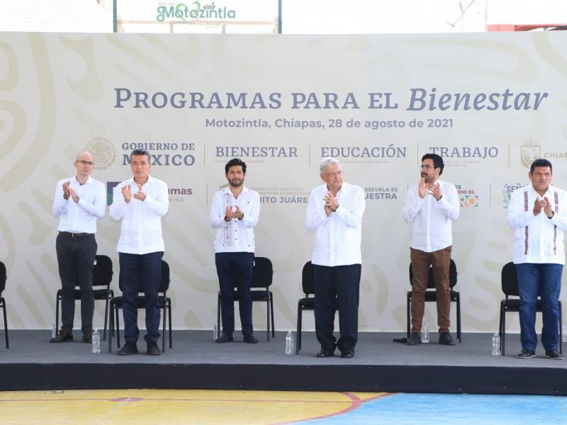 AMLO realiza supervisión de  programas sociales en Chiapas