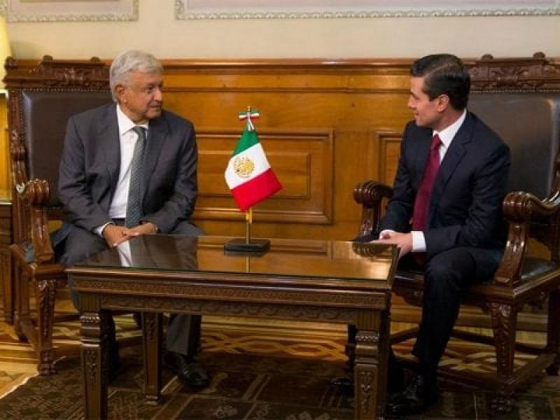 AMLO y Peña Nieto dialogan en Palacio Nacional