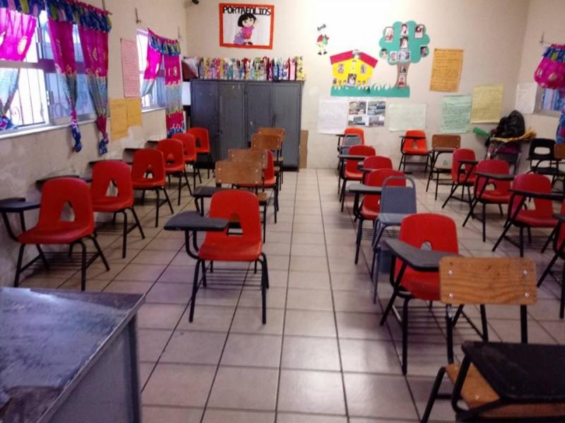Analiza SSN caso sospechoso de COVID en secundaria de Ahuacatlán