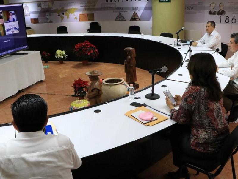 Analizan autoridades caja de ahorro magisterial en Chiapas