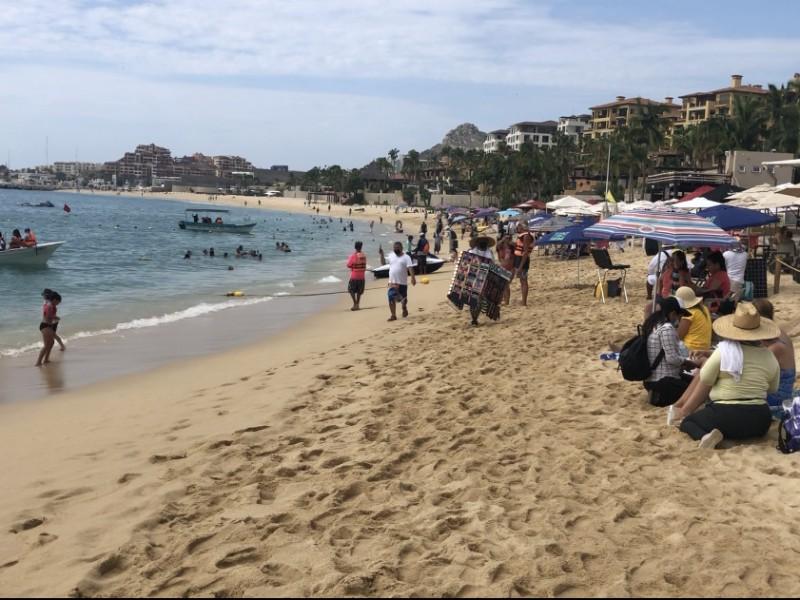 Analizan reanudar el cobro al turista extranjero