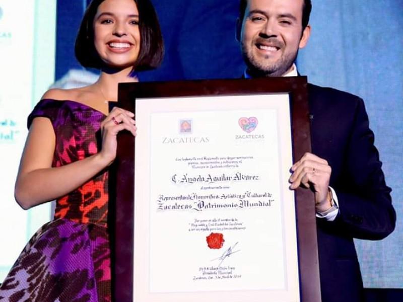 Ángela Aguilar Enamora a Zacatecas