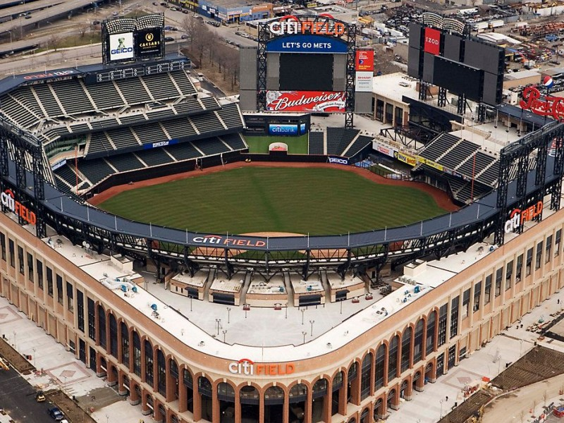 Ante disminución Covid-19, Nueva York reabrirá estadios