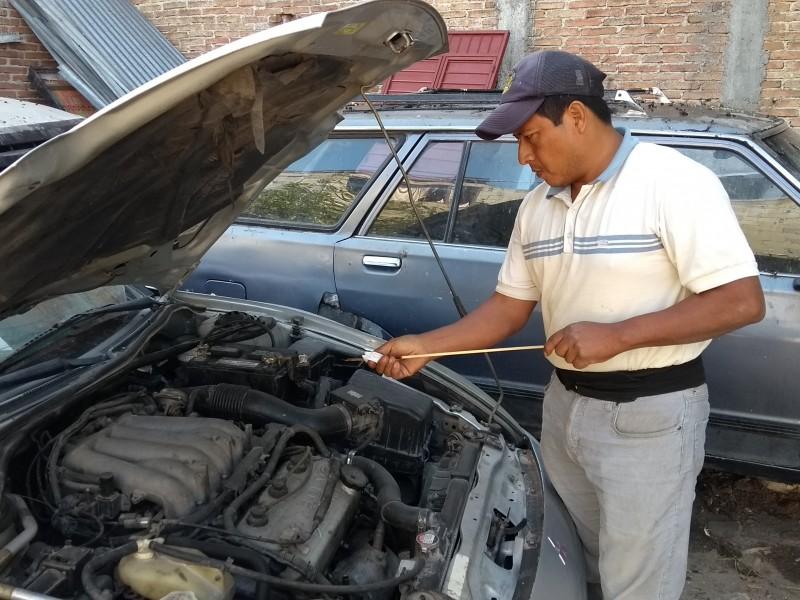 Antes de salir a carretera revise su vehículo