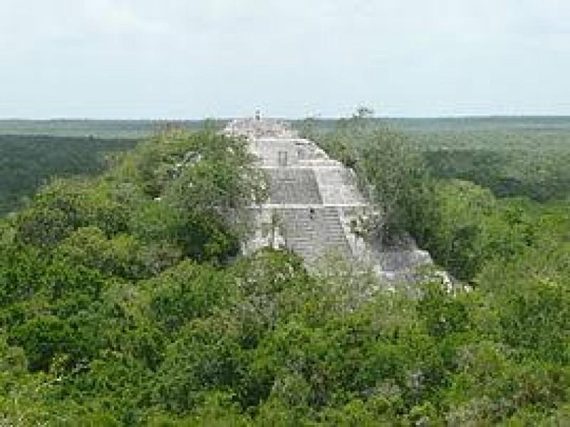 Anuncia AMLO operativo militar en Calakmul
