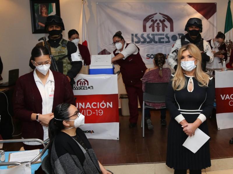 Anuncia Gobernadora acciones para adquirir vacunas