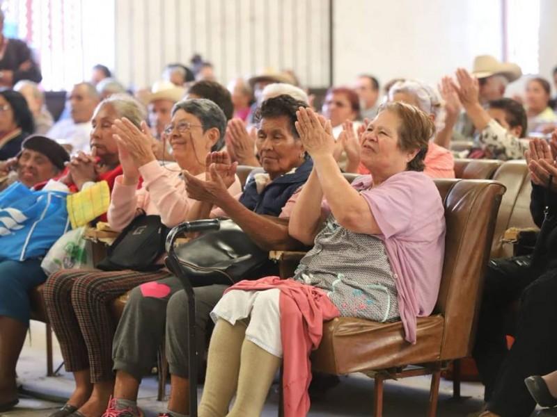 Anuncia Gobierno Federal entrega de pensiones a adultos mayores