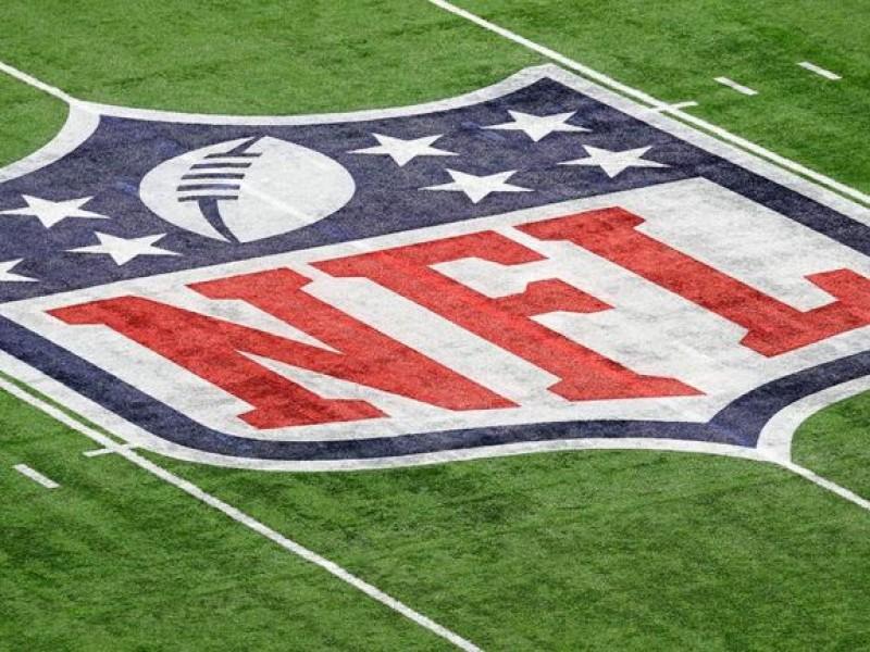 Anuncian 72 positivos de covid en la NFL