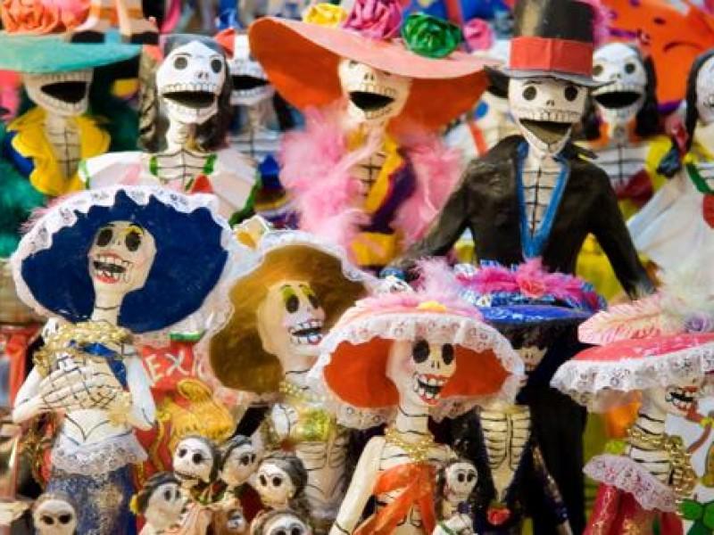 Anuncian actividades para festejo de día de muertos en Querétaro