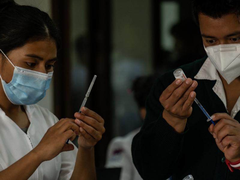 Anuncian fecha de vacunación para 50-59 años en alcaldía Cuahutémoc