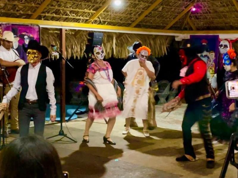 Confirman grupos étnicos en Festival de Día de Muertos
