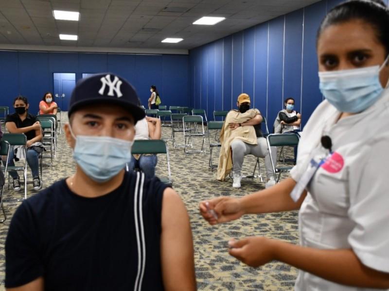Anuncian vacunación anticovid para jóvenes de 12 a 17 años