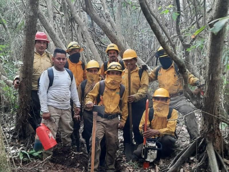 Apagar un incendio no es una labor sencilla: combatientes