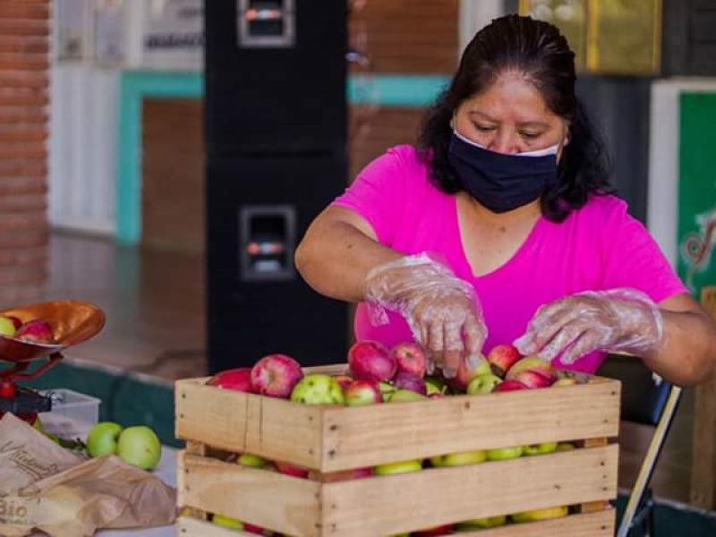 Aperturan tianguis comunitarios en Ixtlán de Juárez para reactivar economía