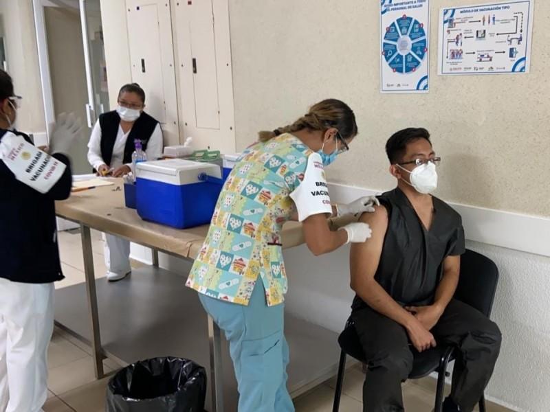 Aplicadas, más de 2 millones de vacunas anticovid en Michoacán