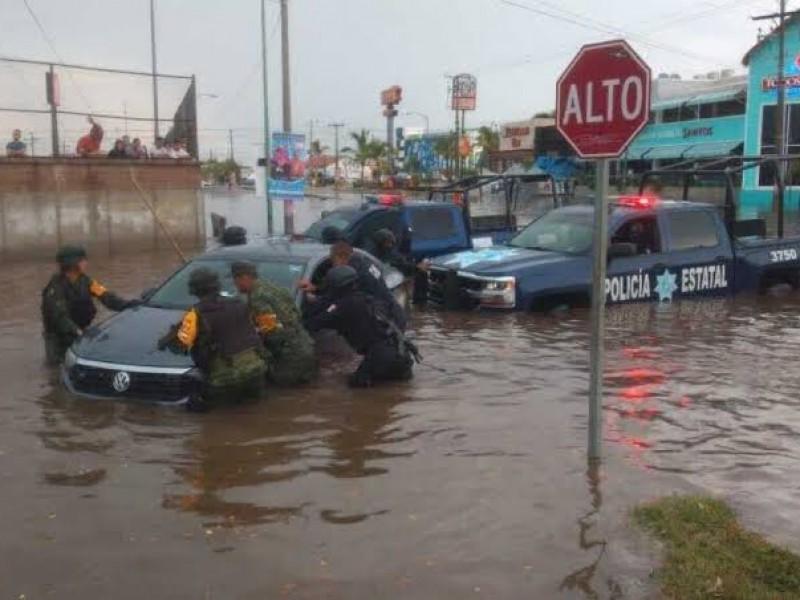 Aplican Plan DN-III-E en Mazatlán por lluvias