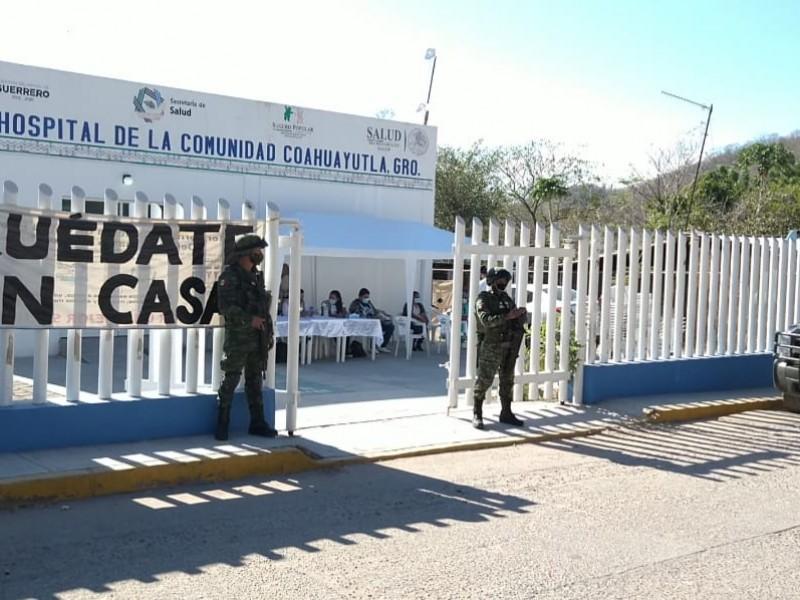 Aplican segunda dosis de vacuna AztraZeneca en Coahuayutla