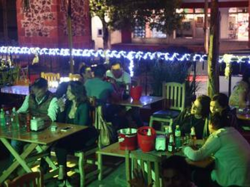 Aplicará comercio retiro definitivo de licencias a bares y restaurantes
