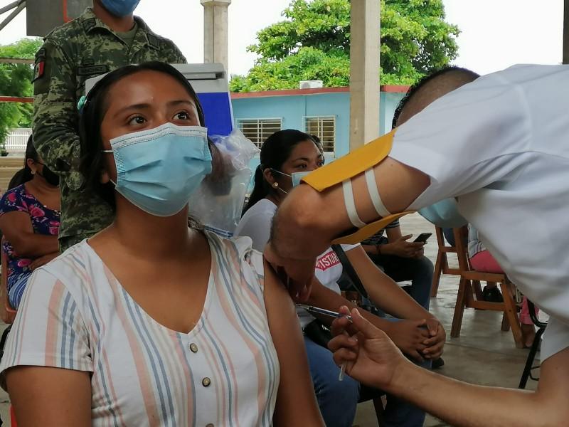 Aplicarán 2650 dosis de vacuna Cansino en Santa María Xadani