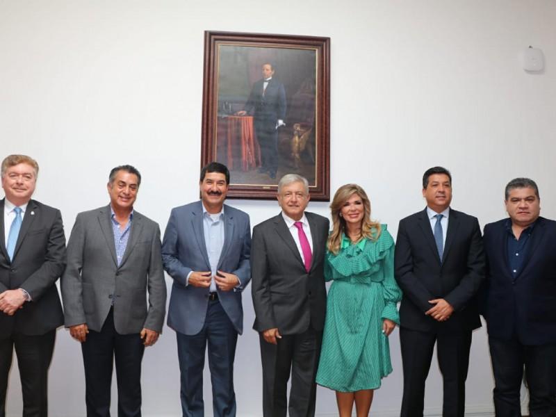 Apoyan gobernadores del norte  a AMLO