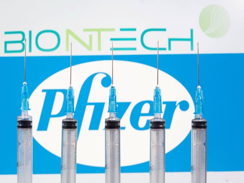 Aprobará Reino Unido vacuna Pfizer para su aplicación en diciembre