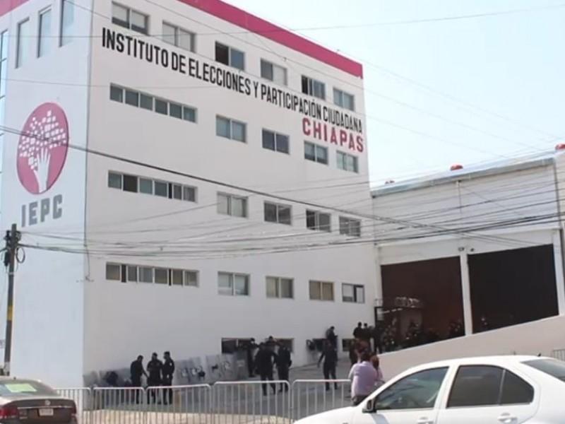 Aprueba IEPC candidaturas a diputaciones locales y ayuntamientos