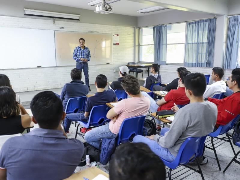 Aprueba UAQ ajuste en calendario escolar por COVID-19