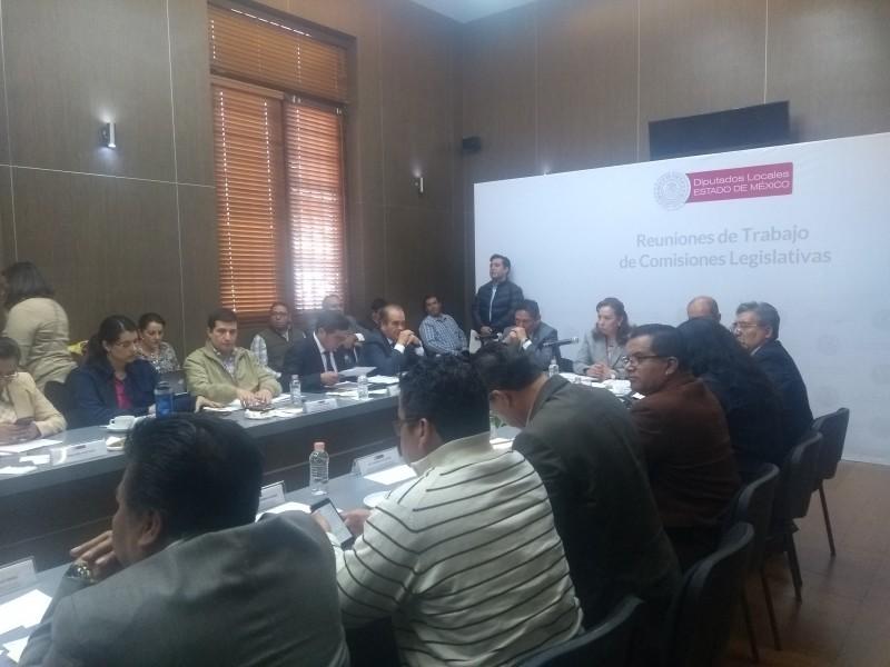 Se quedan sin privilegios ex gobernadores mexiquenses