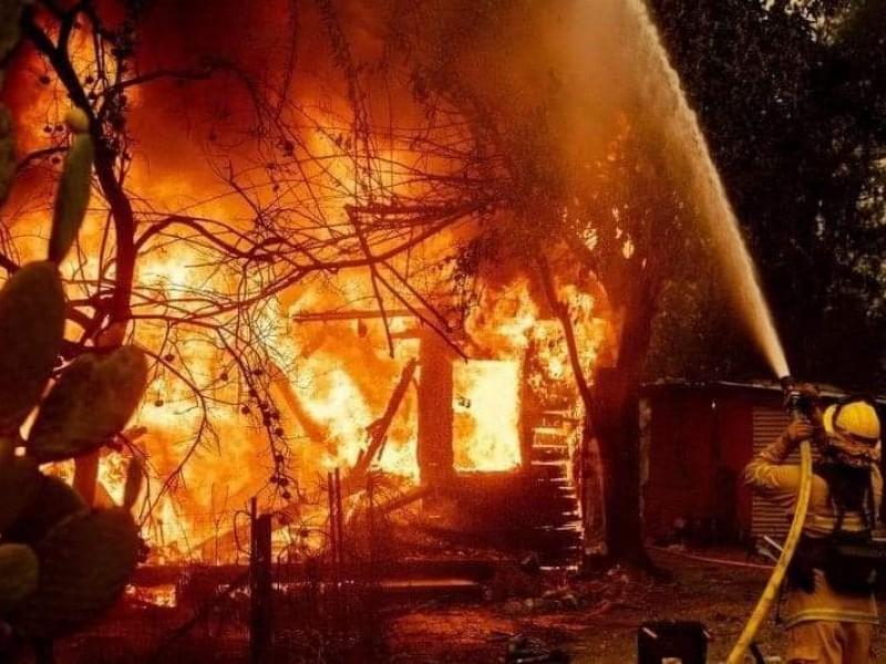 Arden más de 4 mil hectáreas en Sierra de Arteaga