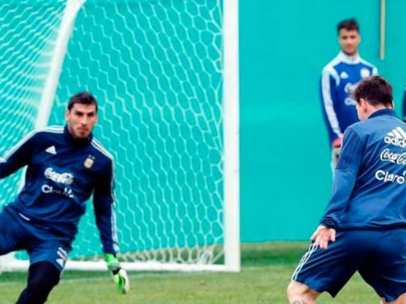 Argentina se queda sin Romero, Nahuel lo reemplaza