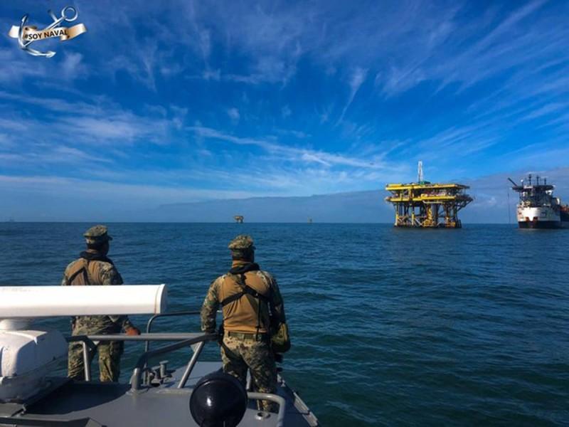 Armada de México evita trasiego de combustible