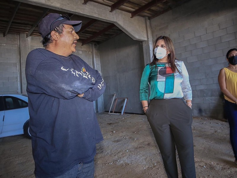 Armida Castro dialogó con transportistas