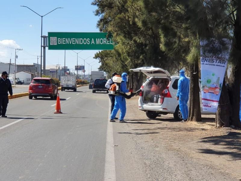Arranca sanitización de vehículos en salidas de Morelia
