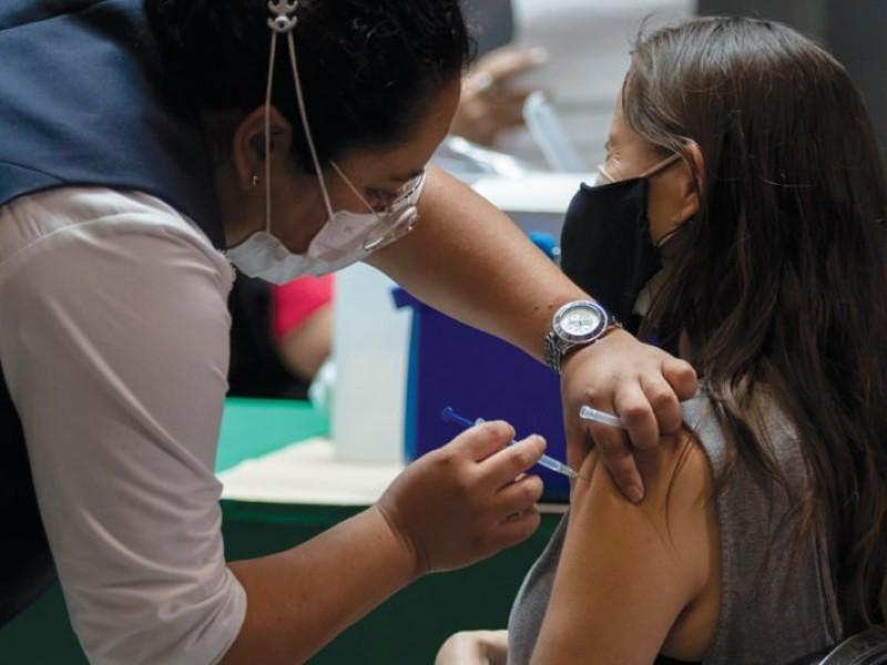 Arranca vacunación para mayores de 30 años en CDMX